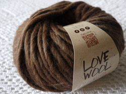 Love Wool de Katia marron 104